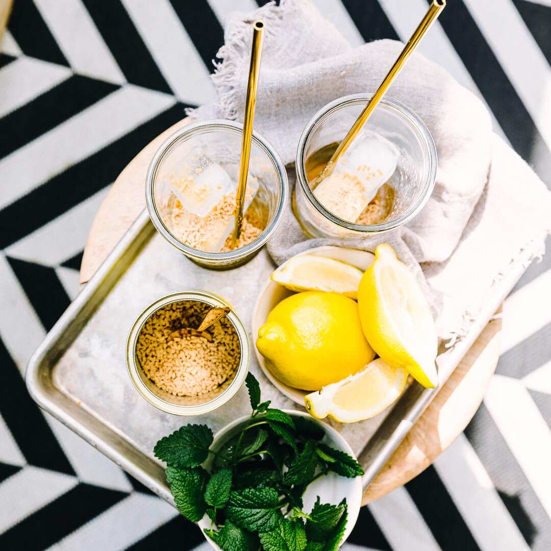 Ricola Zitronenmelisse Drink Rezept - Step  2