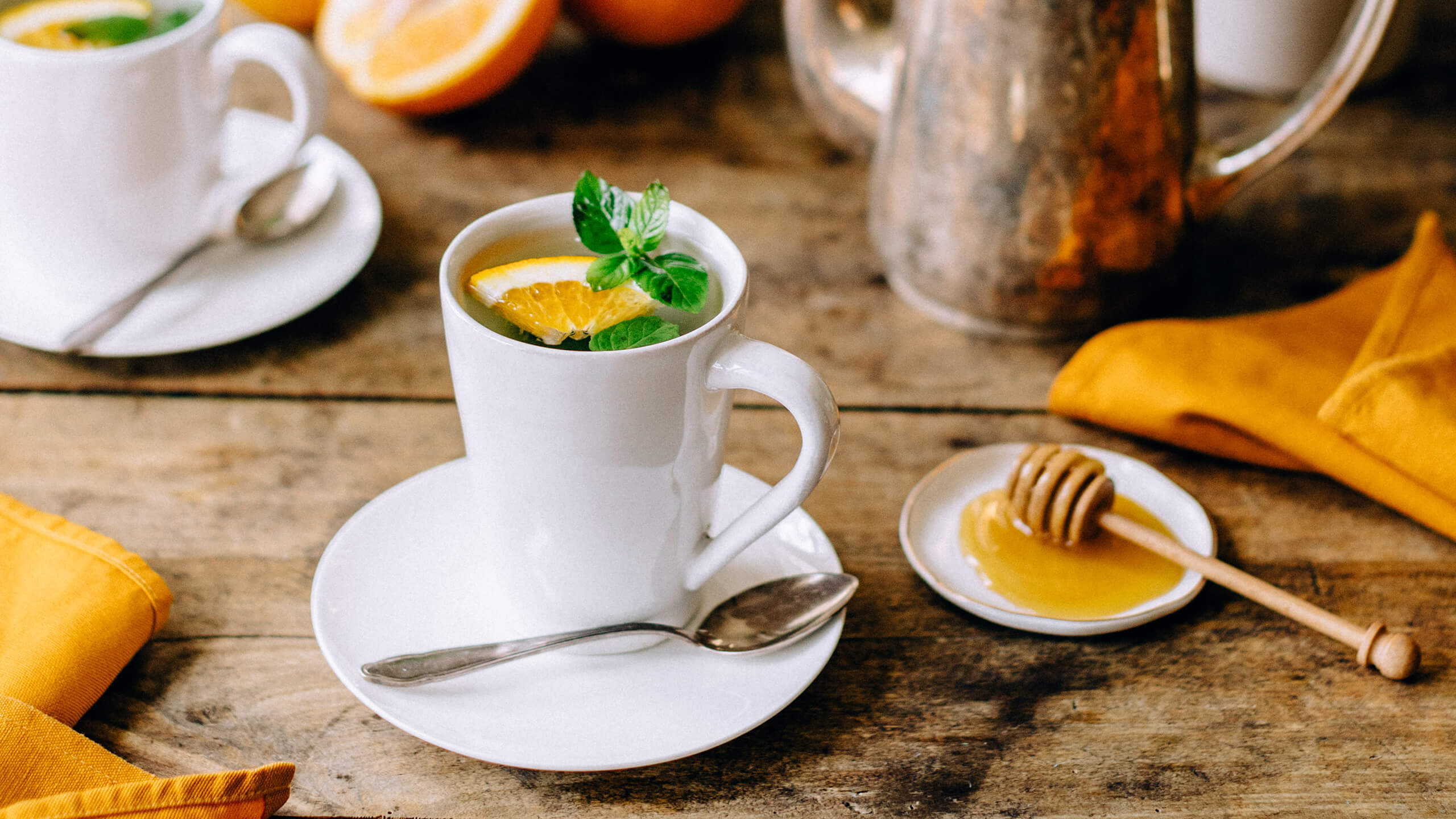 Fruity orange mint tea