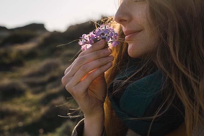 No te pierdas ningún olor: causas y consejos para una nariz tapada